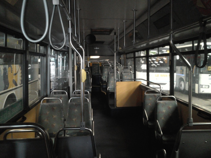 Photos d'intérieur des bus de votre réseau - Page 3 Vanhoo42