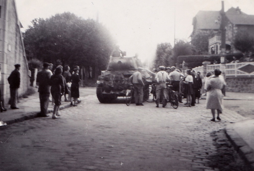 Photos du 28 août 1944 à identifier  Img_1491