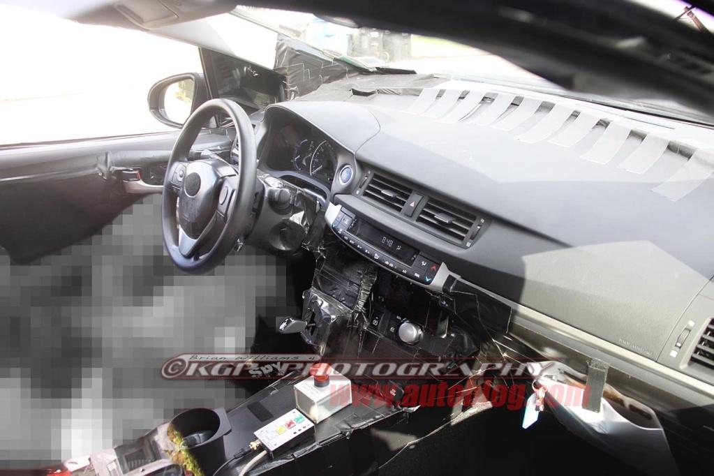 2016 - [Toyota] Prius IV 002-2010