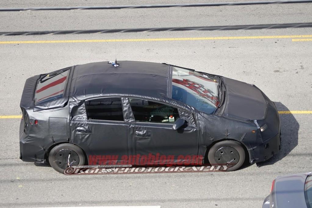 2016 - [Toyota] Prius IV 005-2010