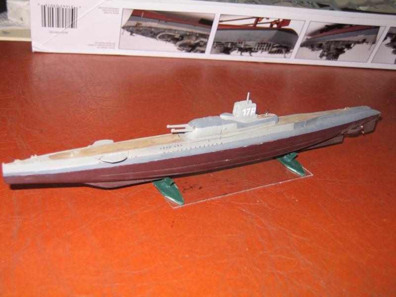 sous marin Surcouf 1/400 et 1/350 Img_2010