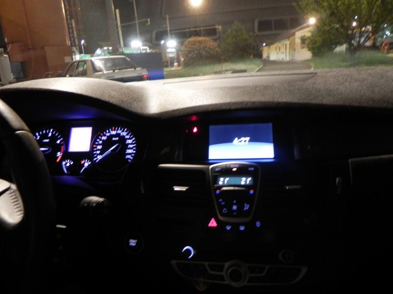 [audison] Laguna III.1 coupé Black édition 2.0 dci 150 - Page 7 Dscn2314