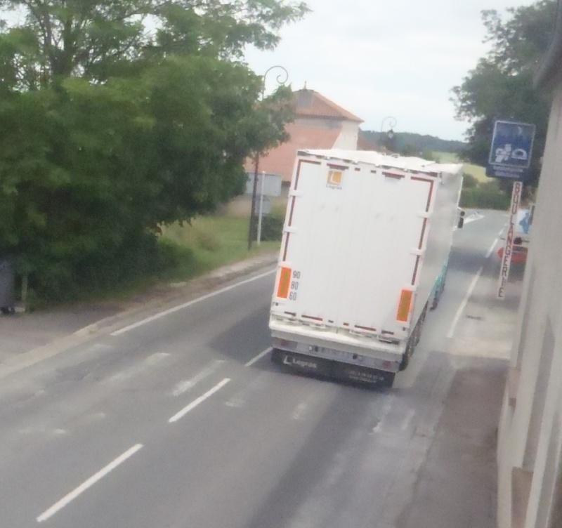 STC (Société Transports Chaignaud)(Reignac, 16) P6170311