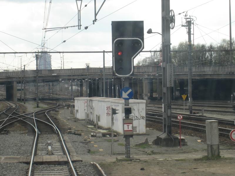 Voie 8 à Schaerbeek direction Bruxelles Nord Img_2710