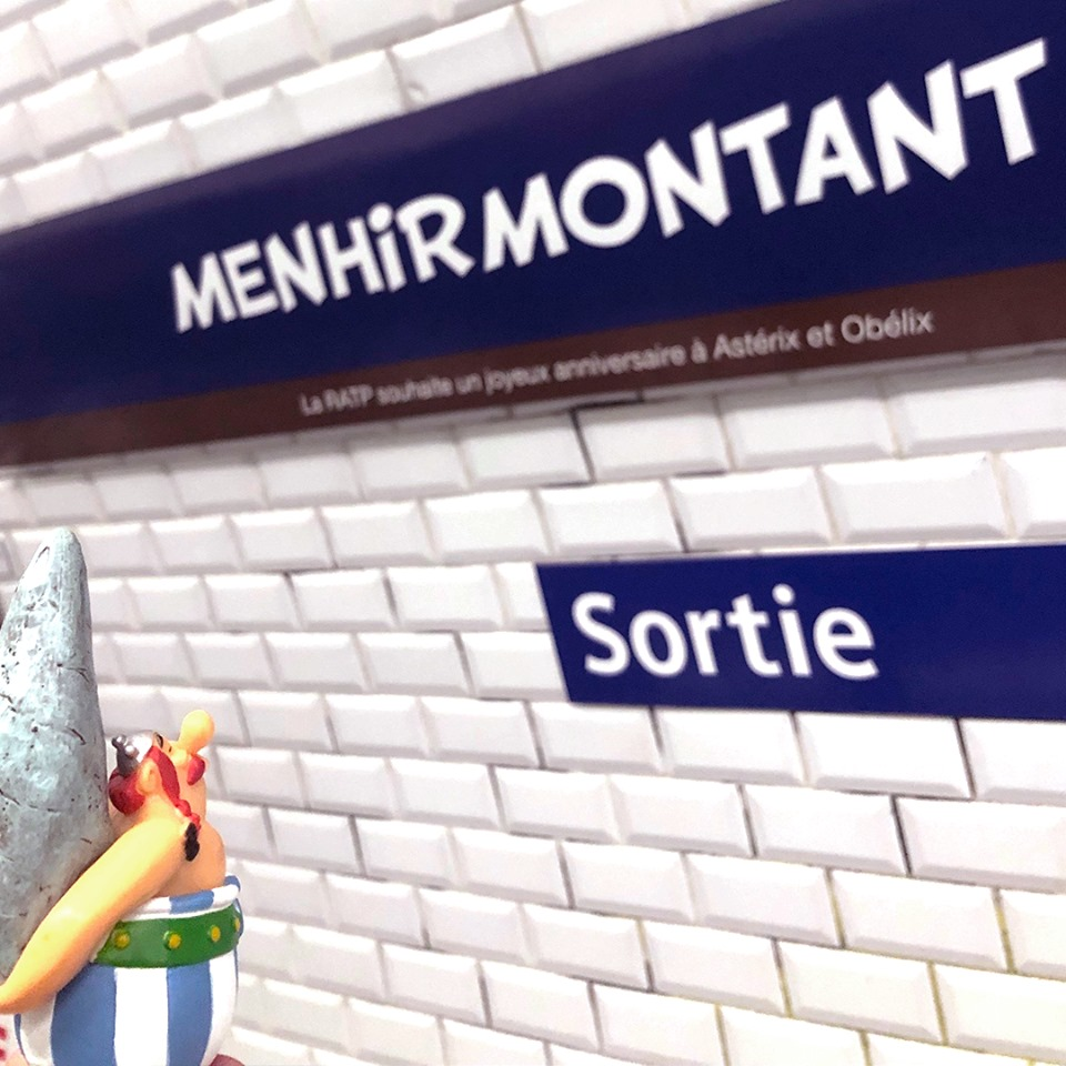 Hommage de la RATP pour les 60ans d'Asterix et d'Obelix Asteri15
