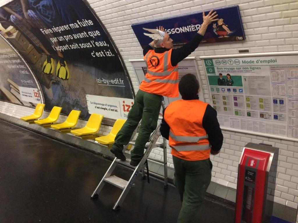 Hommage de la RATP pour les 60ans d'Asterix et d'Obelix Asteri32
