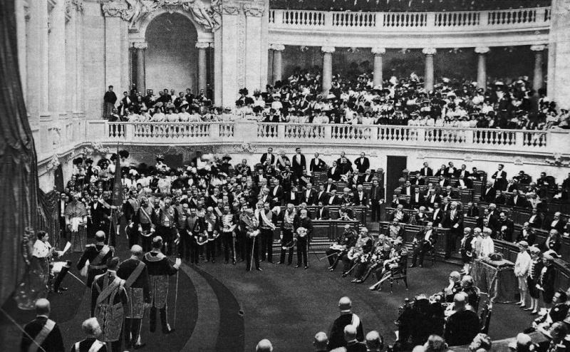 Acclamation, Serment et Sacre del Rey des Eslagnes 1929 Acclam10
