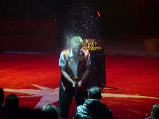 un tour au cirque ... P1060215