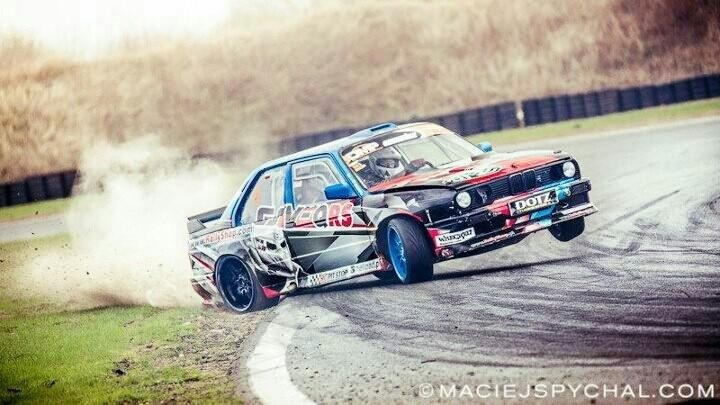 Photos Artistique de BMW ! ! ! - Page 2 60174610