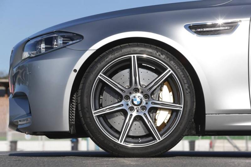 Photos Artistique de BMW ! ! ! - Page 2 93609410
