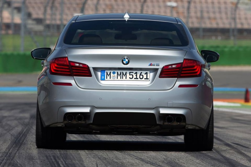 Photos Artistique de BMW ! ! ! - Page 2 99409010