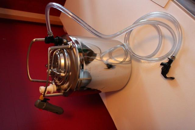 Nouveau keg portatif de 5 Litres Img_7311