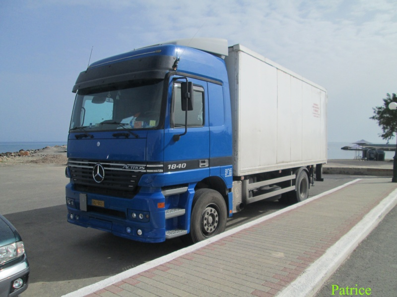 Mercedes Actros MP 1,2 et 3 - Page 6 060_co10