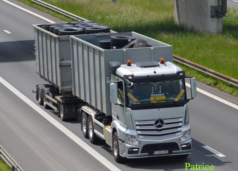 Mercedes Actros MP4 (euro 6 )  - Page 4 32p_co12