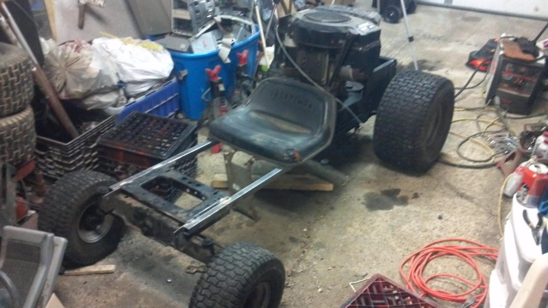 Lawn tractor made into 18hp 5 peed GOKART - Page 2 46254210