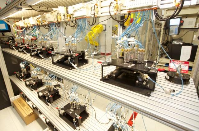 robot testeur sur manette xbox one 46751510