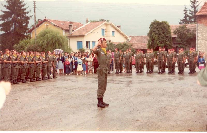Passation de Cdt de la 2° Cie Capt.FERRANT et Cpt.LEBFEVRE prenant Cne_le10