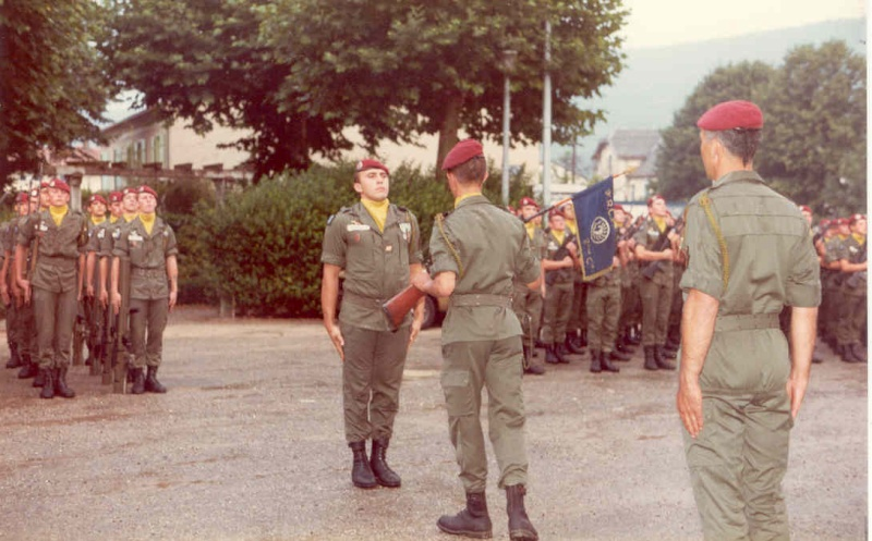 Passation de Cdt de la 2° Cie Capt.FERRANT et Cpt.LEBFEVRE prenant Cne_le11