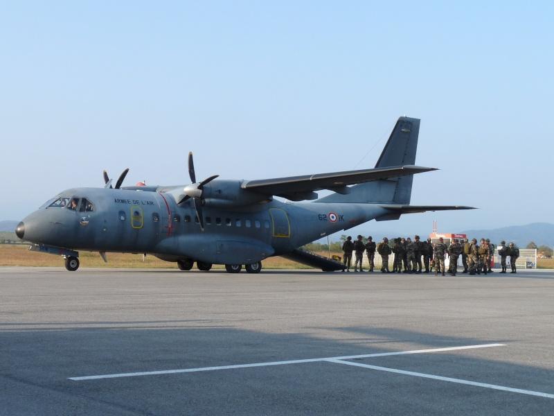 embarquement et saut de CASA à Pamiers du 1°R.C.P. P1010311