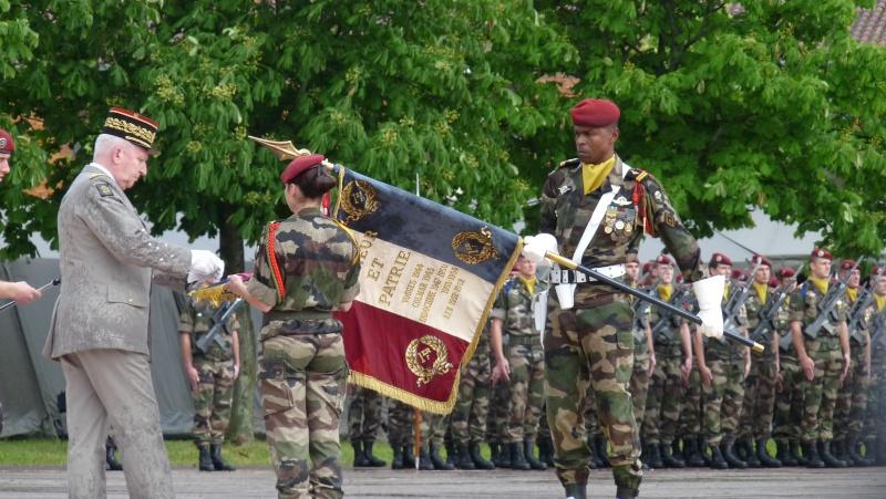 ceremonies au 1°R.C.P. le 1°juin 2013 P1040620