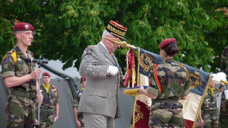 ceremonies au 1°R.C.P. le 1°juin 2013 P1040621