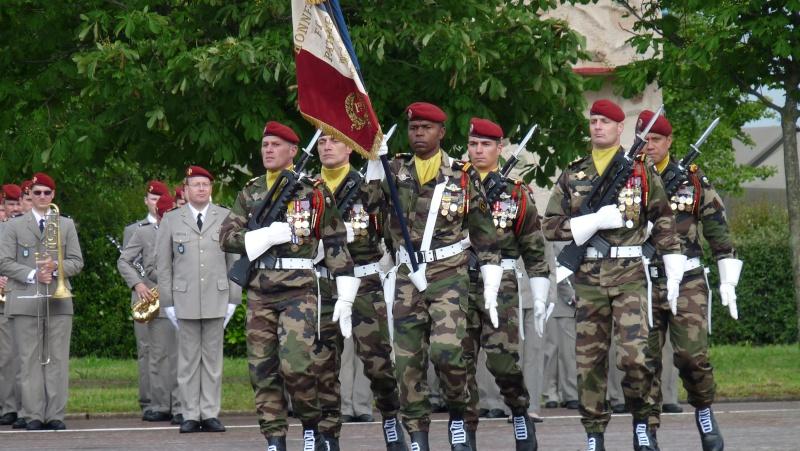 ceremonies au 1°R.C.P. le 1°juin 2013 P1040623