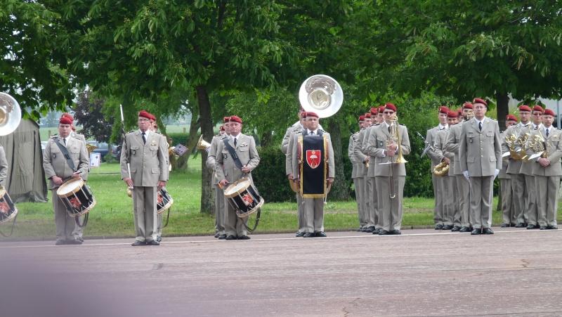 ceremonies au 1°R.C.P. le 1°juin 2013 P1040626