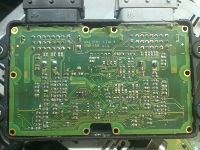 Shema technique  ECU-1 walbro Dsc_0411