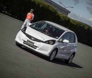 Honda Jazz : l'hybride à 3 l/100 km en 2013 Jazz_212