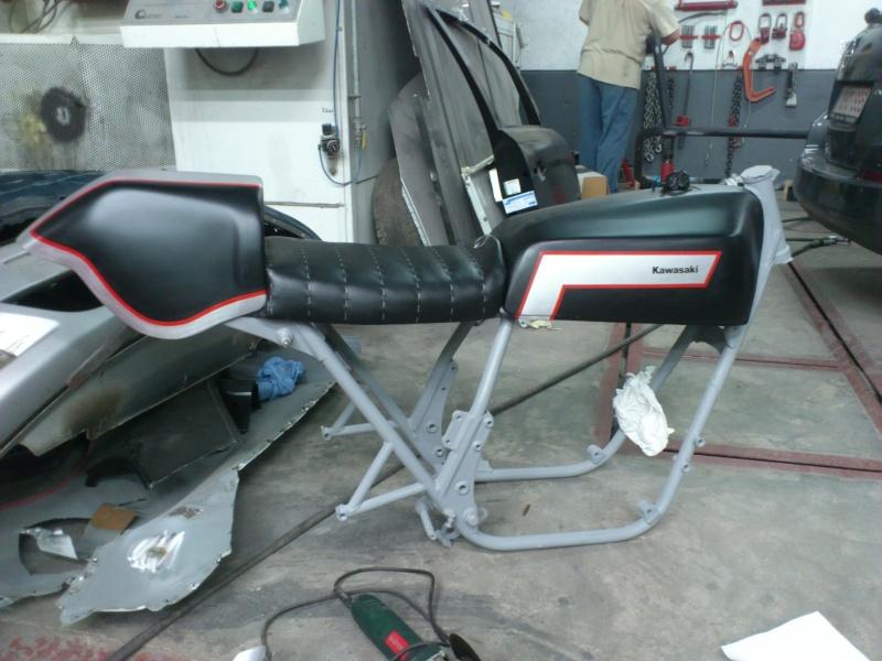 Kawa Z500 pourrie vers racer sympa et low cost>>> photos fin - Page 3 Essai10