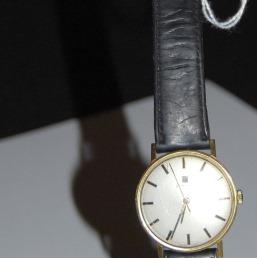 Breitling - [Ici TOPIC des demandes d'IDENTIFICATION et RENSEIGNEMENTS de vos montres] - Page 20 0_1_110