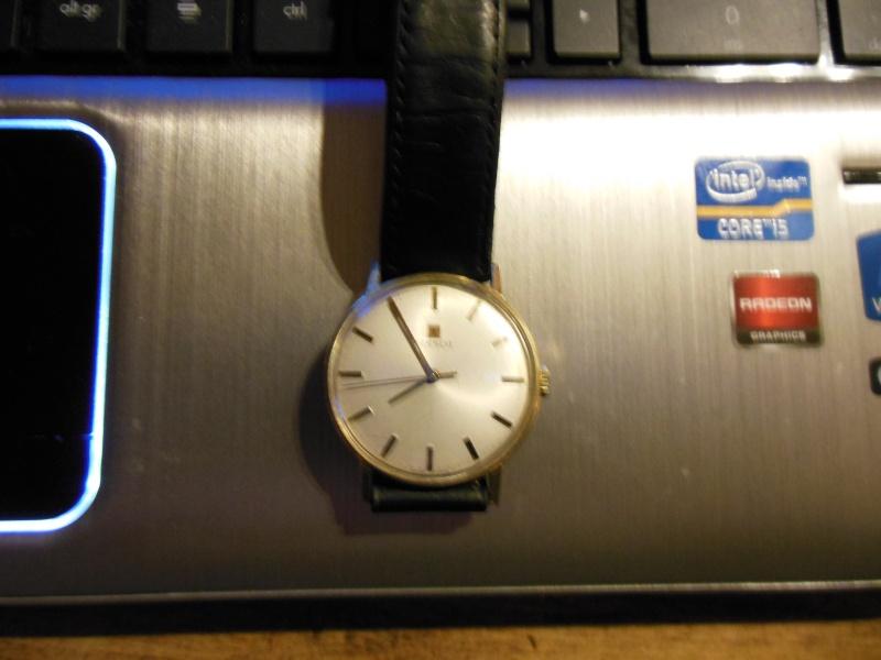 Breitling - [Ici TOPIC des demandes d'IDENTIFICATION et RENSEIGNEMENTS de vos montres] - Page 20 Dscn0110