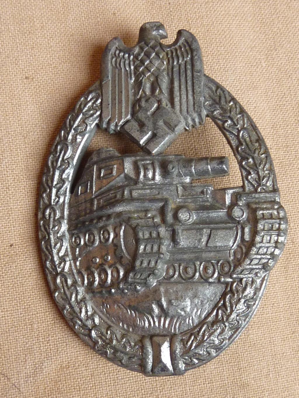 Postez vos Panzerkampfabzeichen P1090610