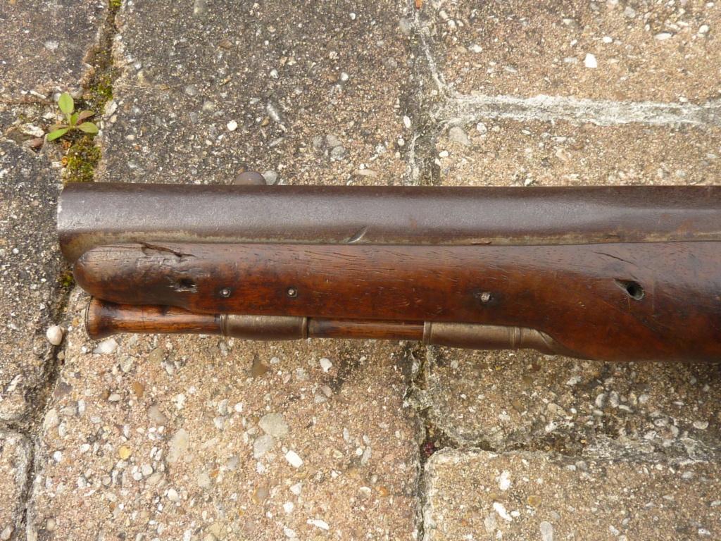 Un pistolet à silex  P1200613