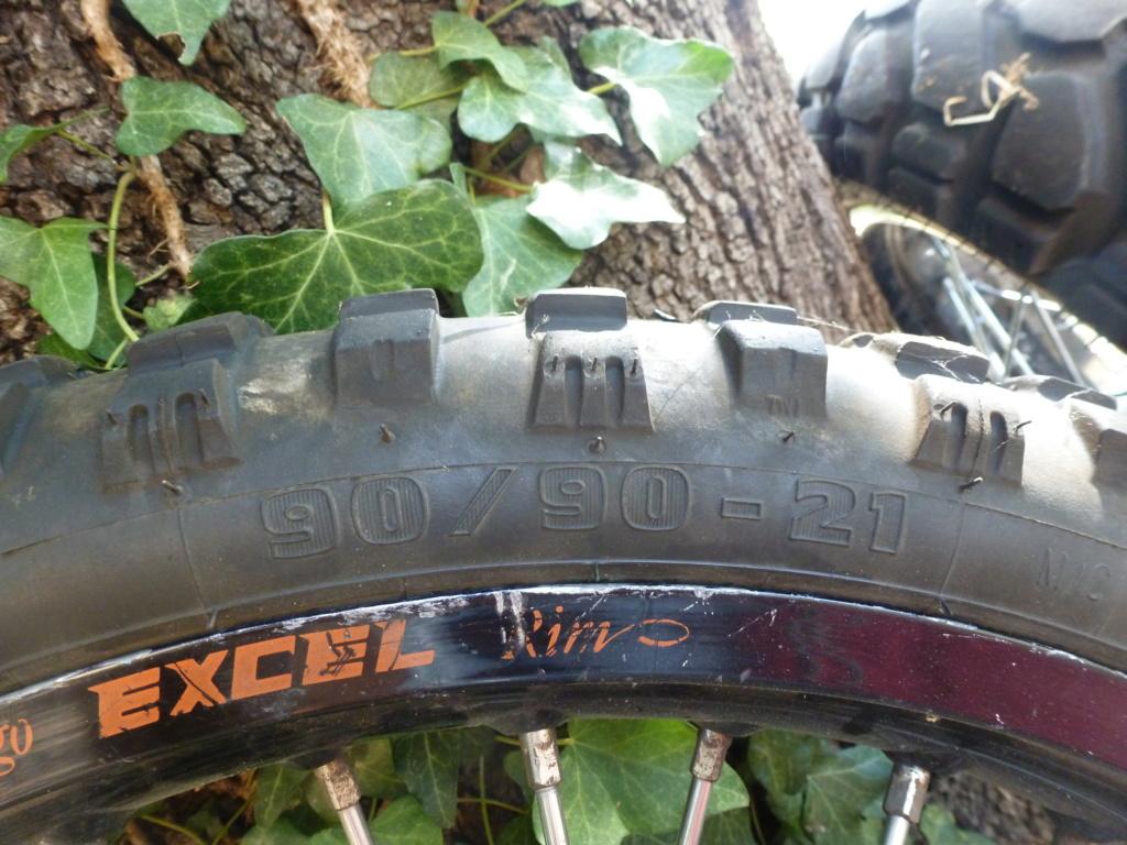 (vends) pneus MITAS Pneu_010