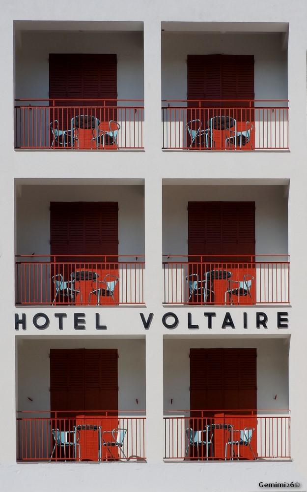 Hôtel Voltaire P9041010