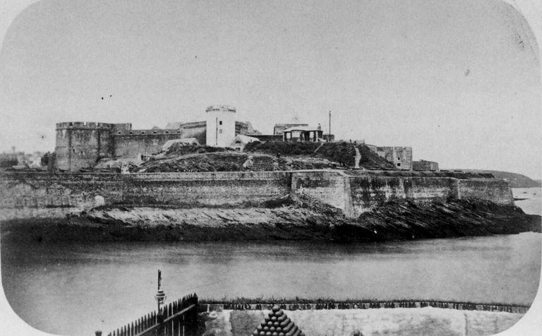 NEW - Brest et ses remparts 1859_c10