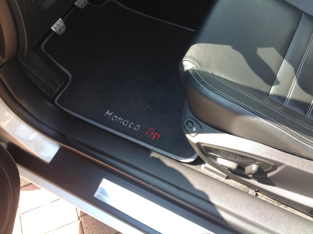 [Pierrepp] Laguna III.1 Monaco GP1 2.0 dCi 150 Img_4413