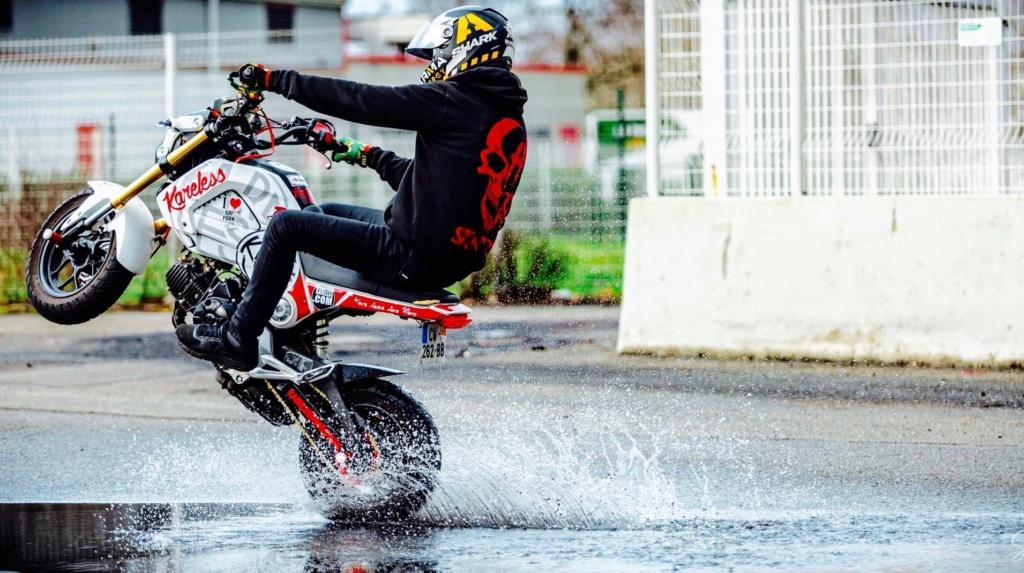 un KAWA en TERRASSE - Comment faire pour ne pas user son pneu avant H10