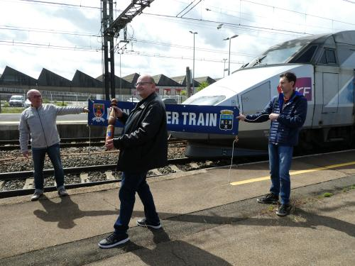 """LE TRAIN A PIERRE"" - Page 2 Db86db10"