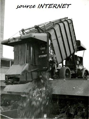 MINITRUCKS SCHNEIDER H benne à ordures SITA  Réf 132 (10/1999) Schn_014