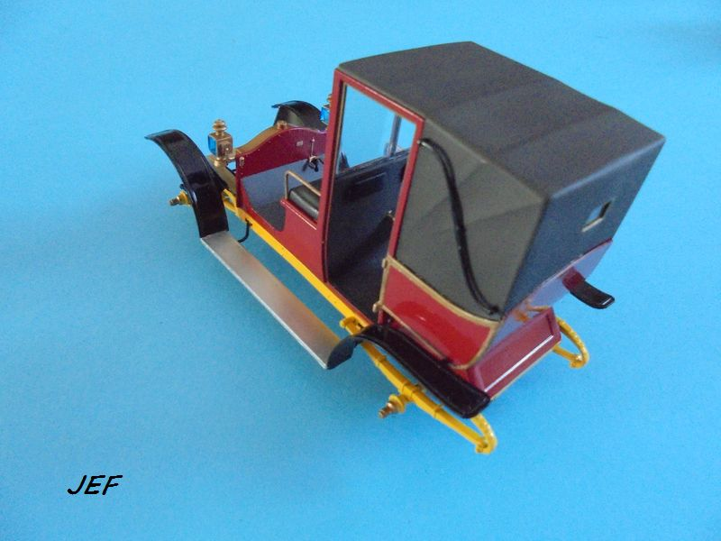 From the box - RENAULT TAXI TYPE AG HELLER 1/24 Réf 30705 ( origine ICM )  - Page 5 Tm_07810