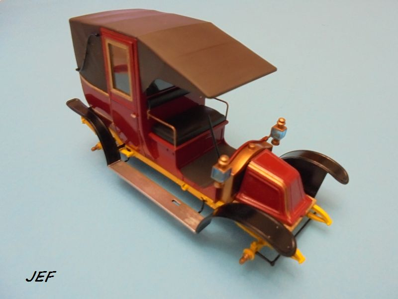 From the box - RENAULT TAXI TYPE AG HELLER 1/24 Réf 30705 ( origine ICM )  - Page 6 Tm_08510