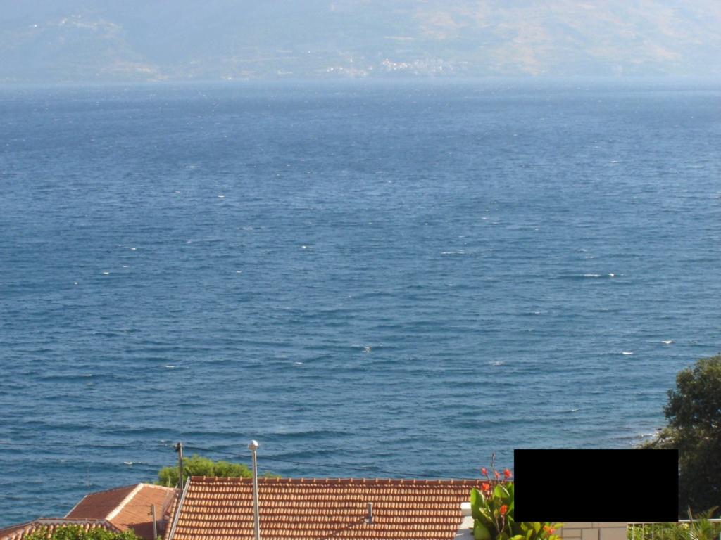 """Američki  """"Condé Nast Traveler"""" objavio 20 najljepših otoka  u EU: Hvar, naravno, najljepši! :) - Page 3 Gledpo10"""