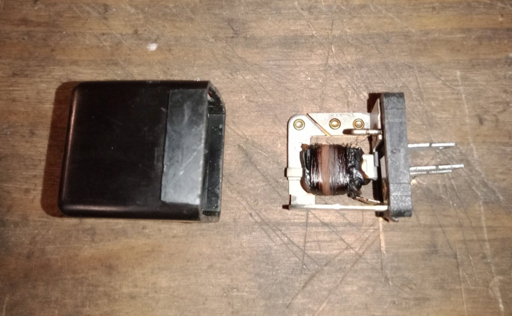 Problème voyant batterie - Page 3 13980810