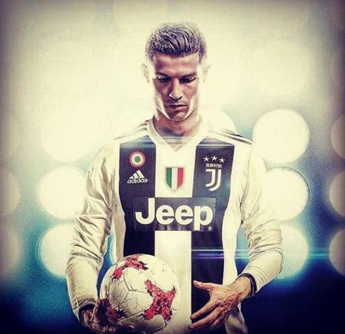 UFFICIALE: Cristiano Ronaldo alla Juventus! Crjuve10