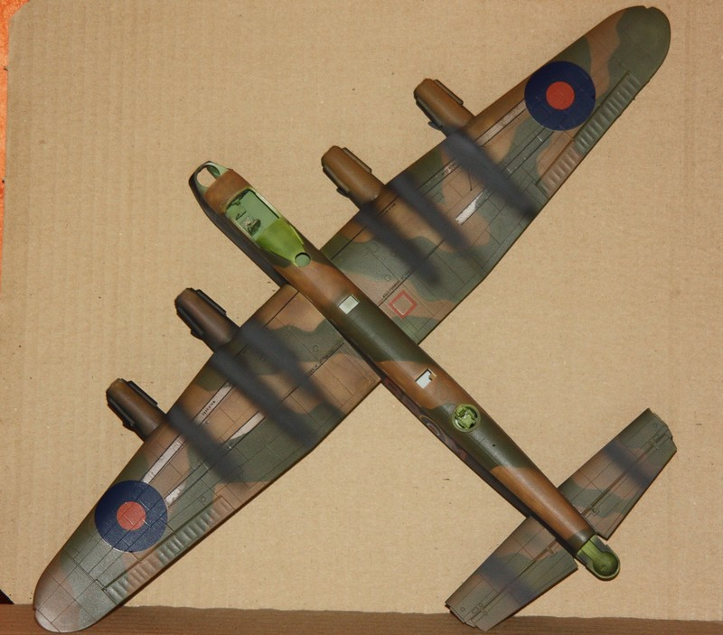 LANCASTER REVELL 1/72 - Page 4 Img_0287
