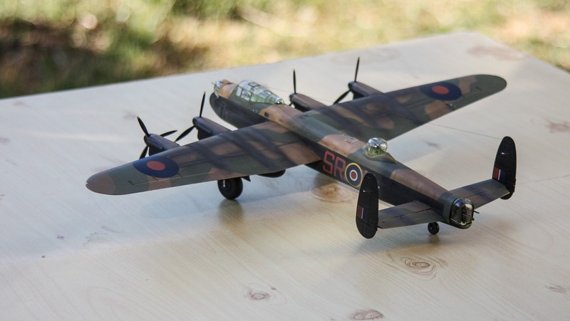 LANCASTER REVELL 1/72 - Page 5 Img_0311
