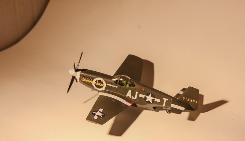 P 51 B/C 1/72 HOBBY 2000 et ACADEMY  Img_0941