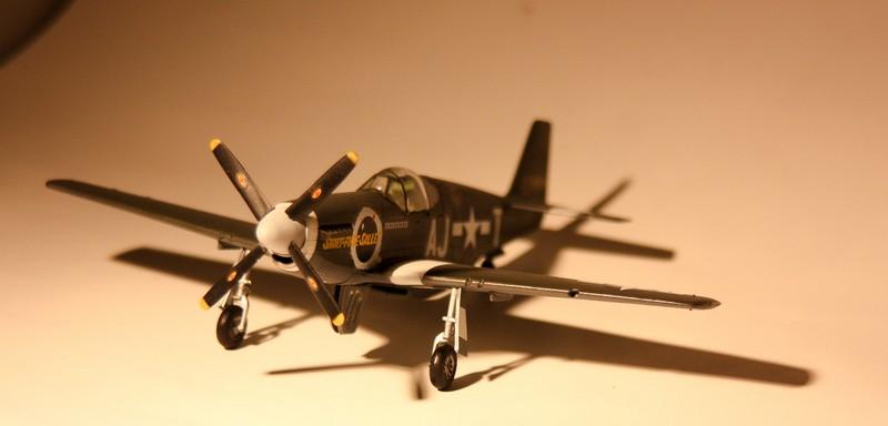 P 51 B/C 1/72 HOBBY 2000 et ACADEMY  Img_0942